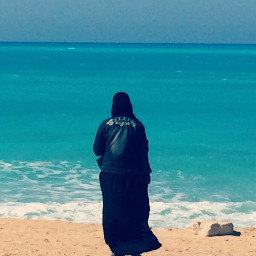 freetoedit neqab muslimahfashion beach deepthoughts