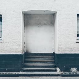 FreeToEdit house minimal window white